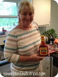 Mom-with-red-gold-ketchup