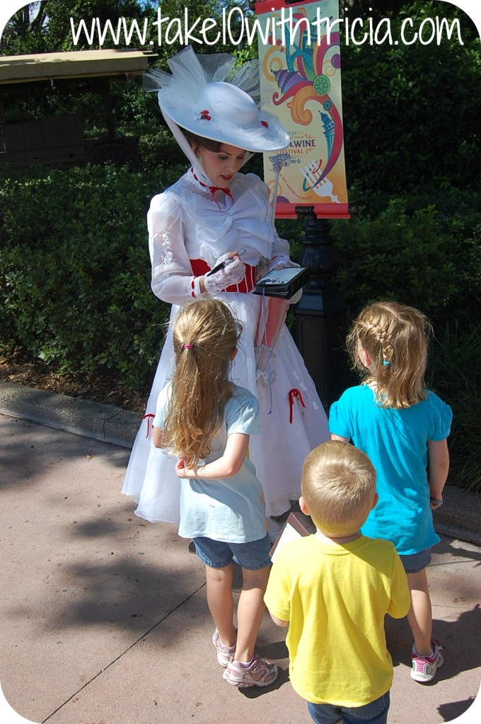 Mary-Poppins-signing-book