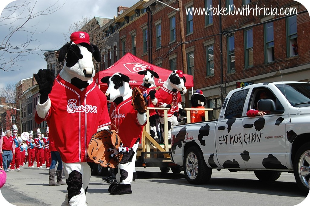 reds-opening-day-parade-chick-fil-a
