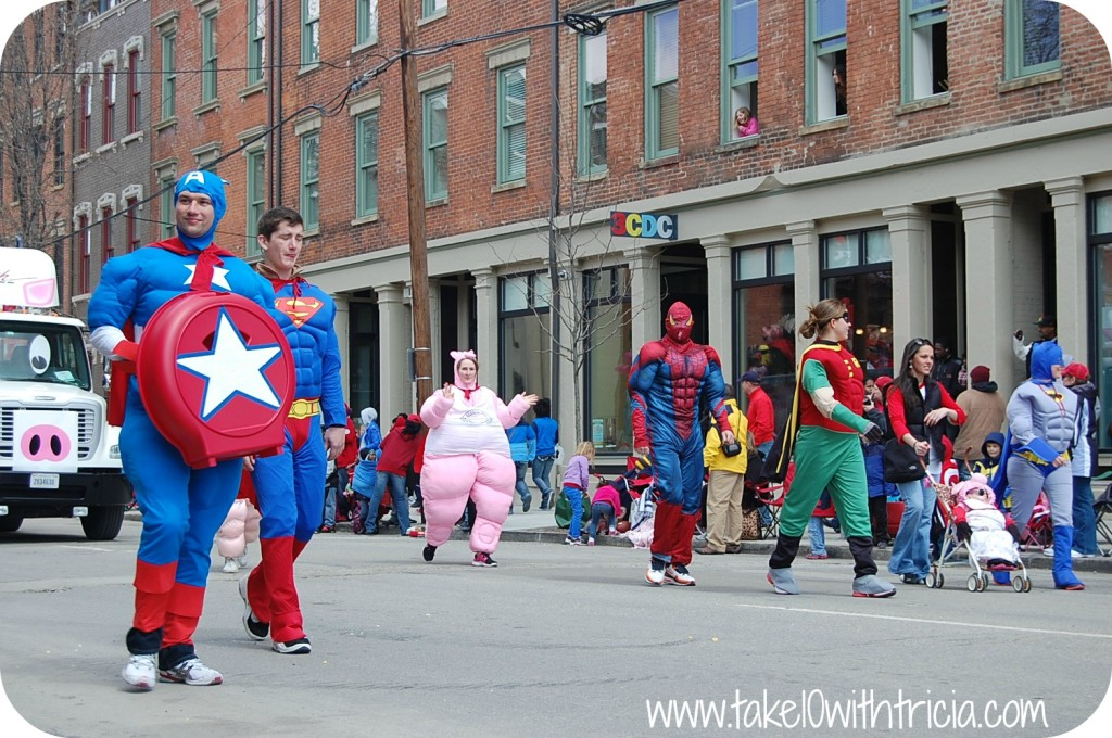 reds-opening-day-parade-superheroes