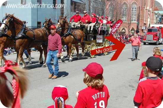 reds-opening-day-parade-overview-5