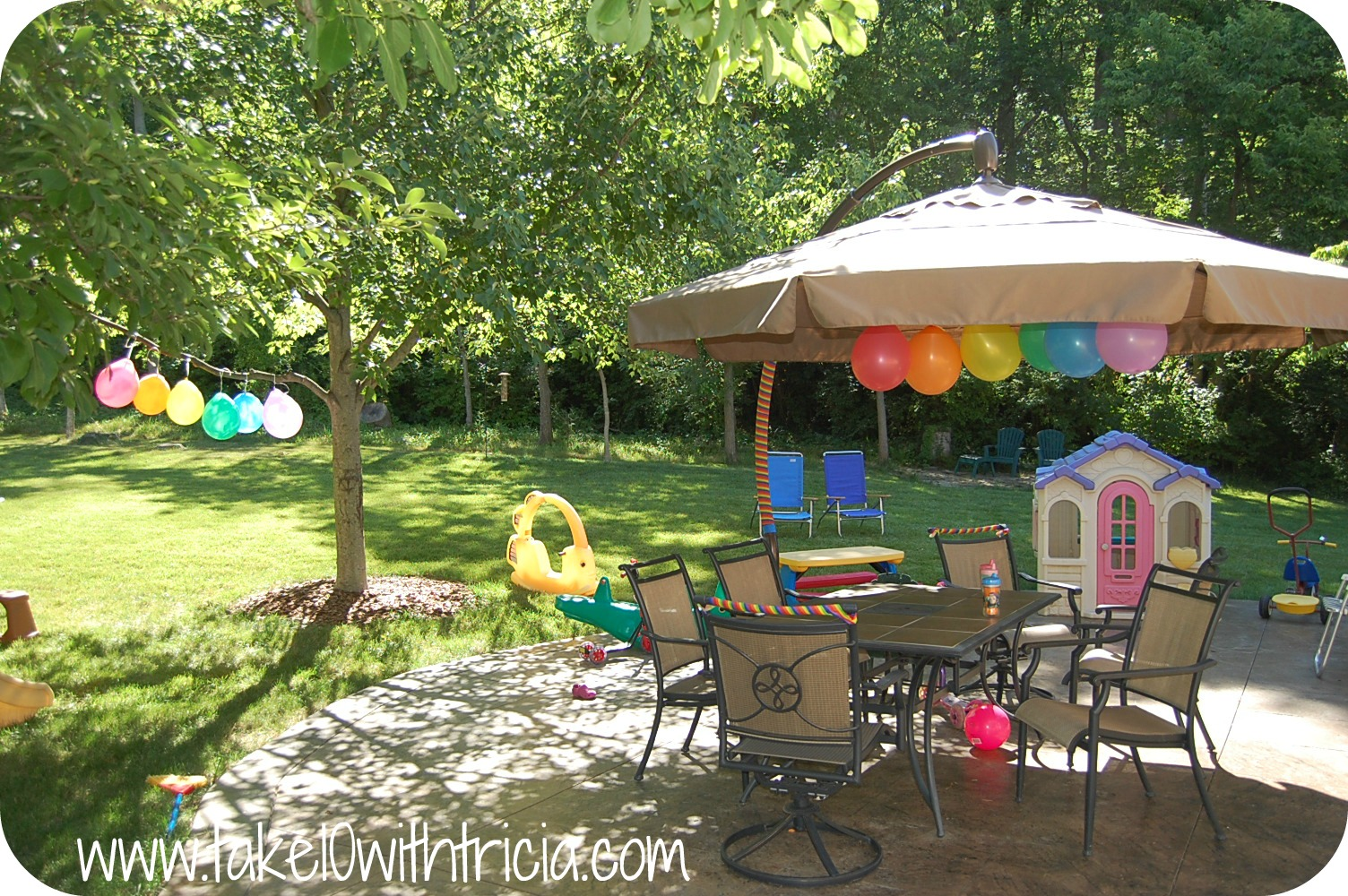 Decorations For Backyard Party : so we decorated with rainbow balloons and streamers