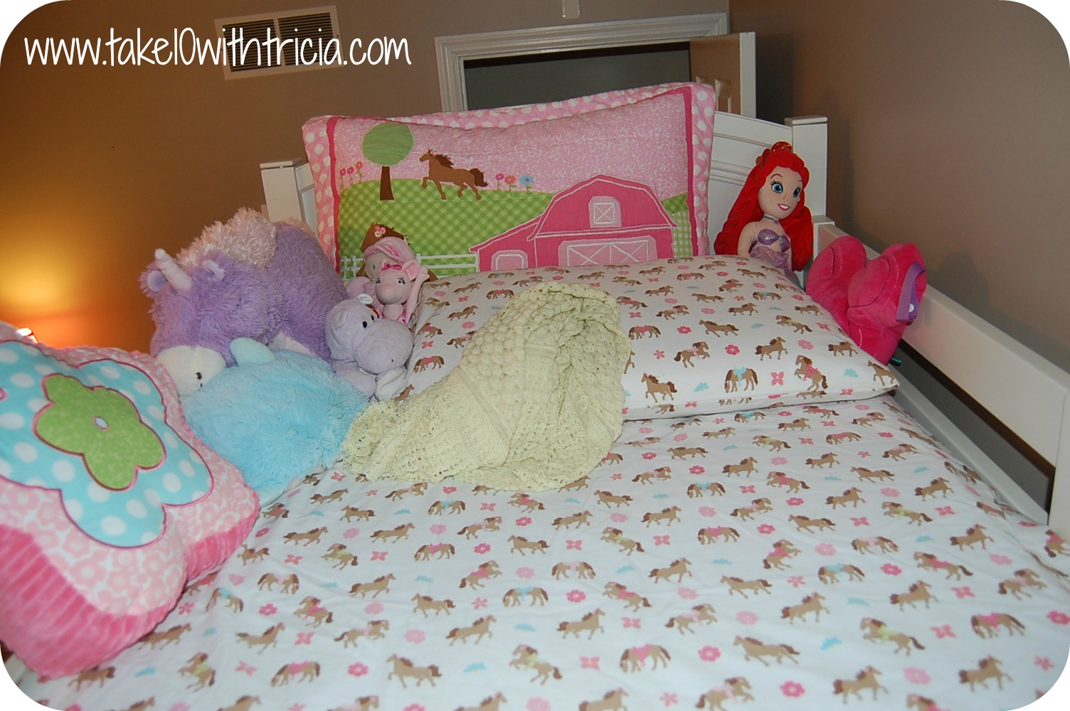 The Secret To Bunk Bed Sheets Take 10 With Tricia